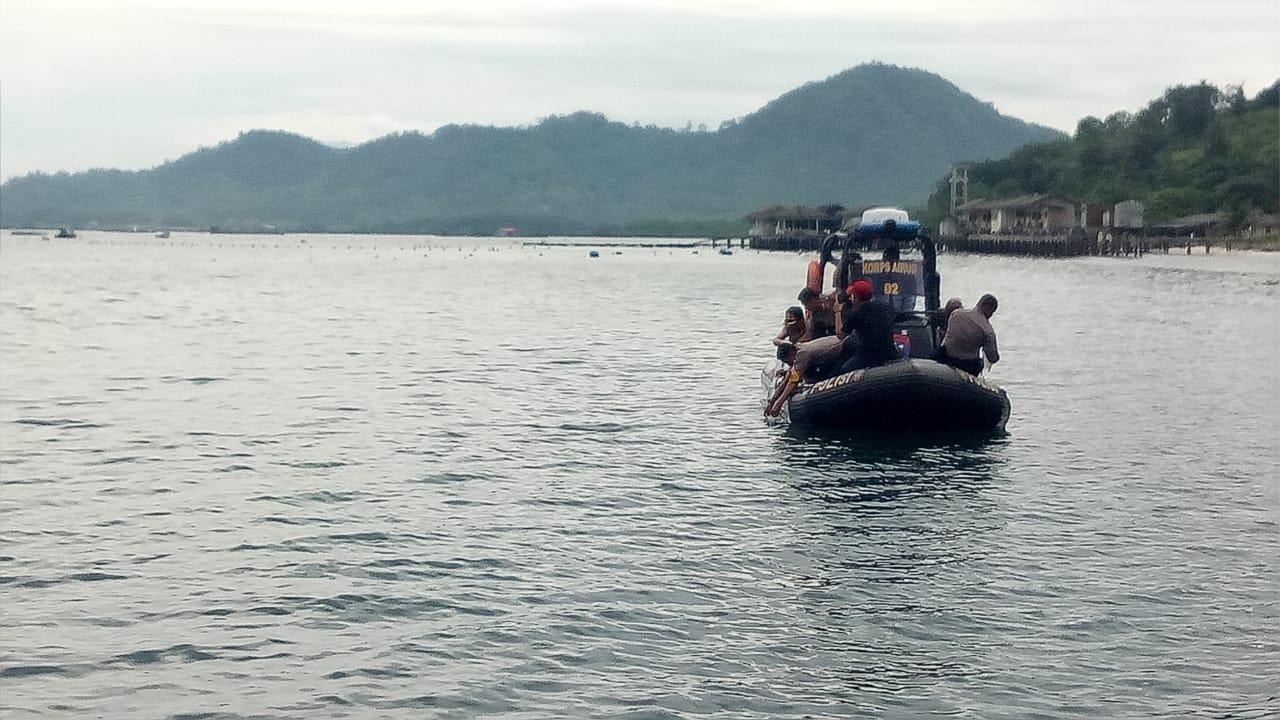 IMG-20181113-WA0109 Kapolda Lampung Lepas Lobster Di Pantai Mutun Hasil Tangkapan Polres Lamsel