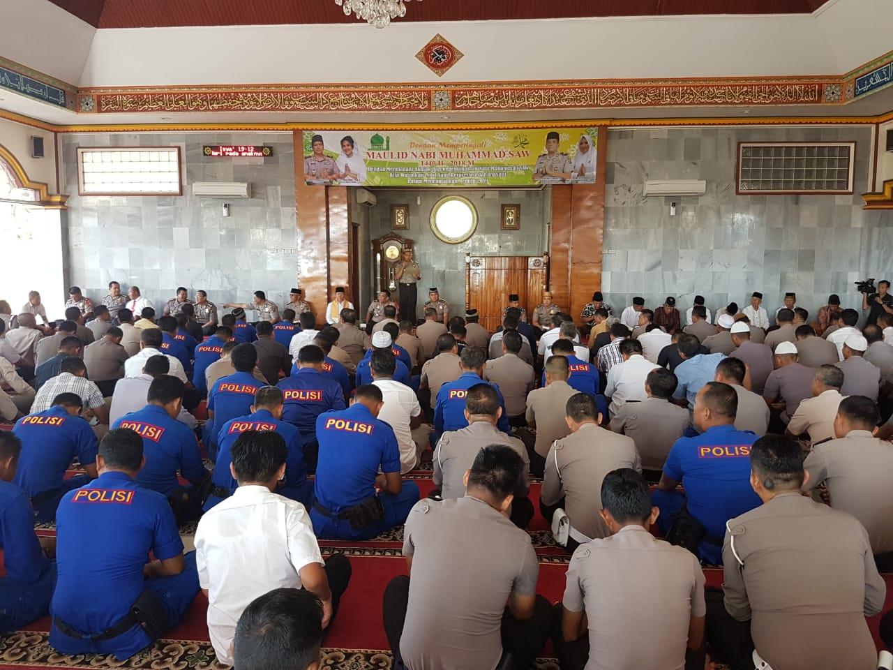 "IMG-20181122-WA0054 Peringati Maulid Nabi Muhammad SAW 1440 H, Wakapolda : ""Wujudkan Polri Berprestasi & Inovatif"""