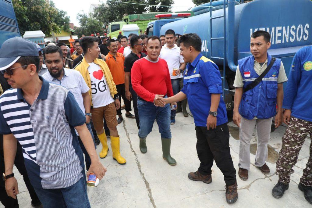 IMG-20181201-WA0157-1024x682 Masyarakatnya Terkena Banjir, Nanang Tinggalkan Rapat Umum Bersama Megawati