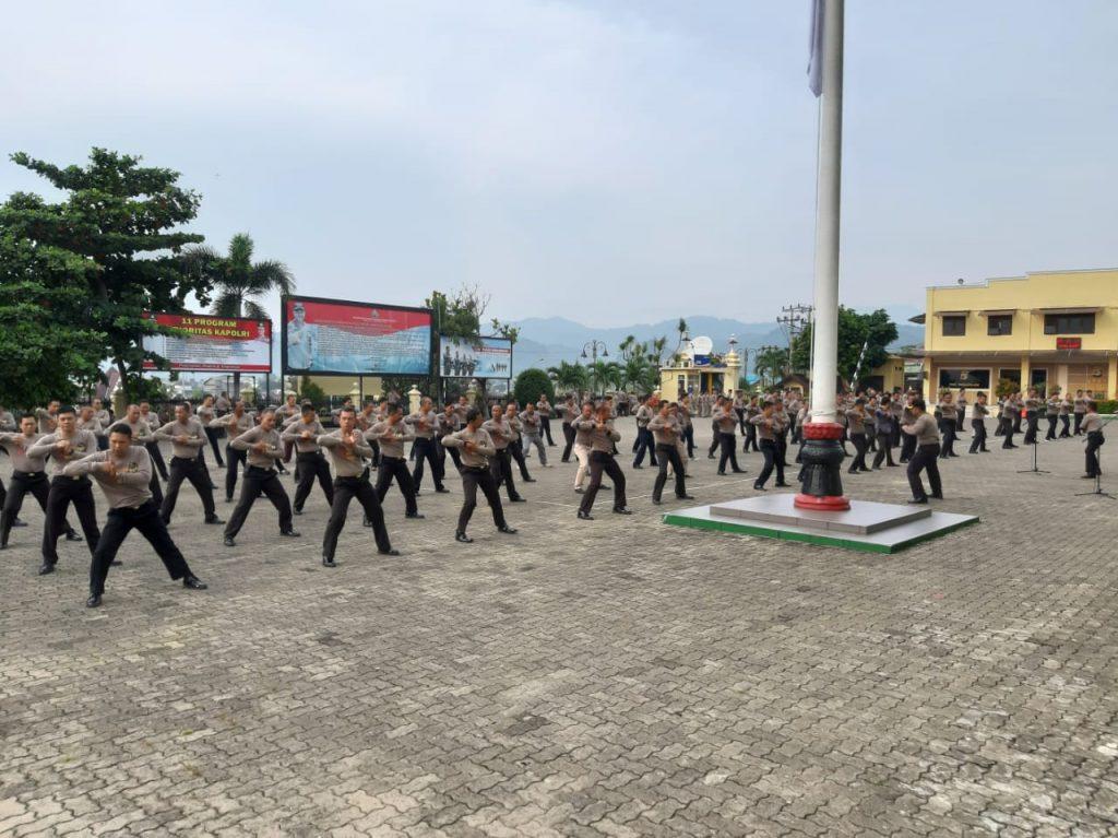 """IMG-20181211-WA0013-1024x767 AKBP. Tri Suhartanto : """"Pelatihan Beladiri Harus Realistis Dalam Pengertian Mendekati Keadaan Yang Sebenarnya"""""""