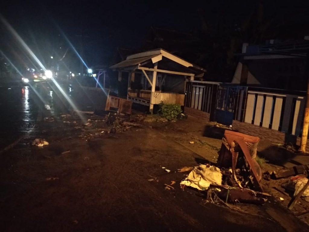 IMG-20181222-WA0081-1-1024x768 Gelombang Air Laut Hantam Kalianda & Rajabasa, Berikut Dampaknya