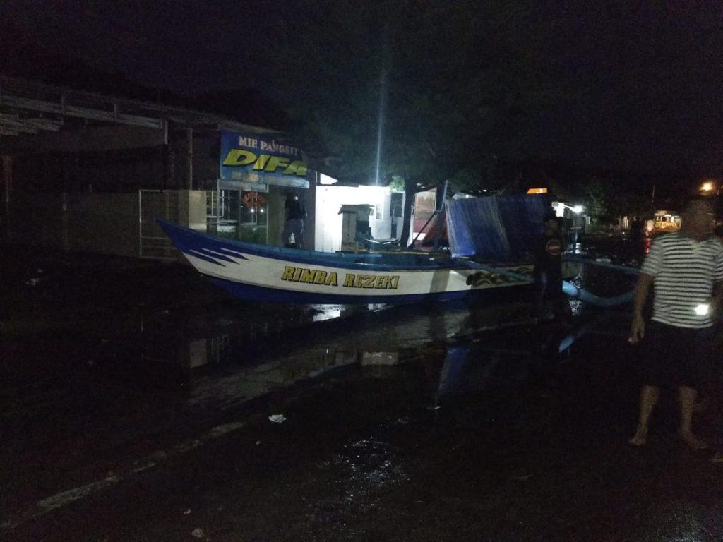 IMG-20181222-WA0082-1024x768 Gelombang Air Laut Hantam Kalianda & Rajabasa, Berikut Dampaknya