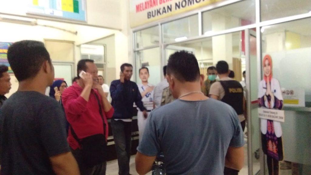 IMG-20181223-WA0006-1024x576 Korban Ombak Pasang Berjatuhan, Ketua DPRD Lamsel Langsung Pantau & Datangi Korban Di RSU