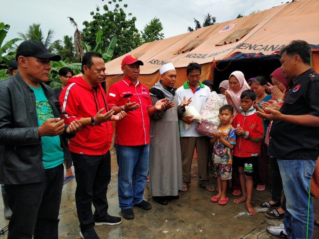 IMG-20181227-WA0218-1024x766 (Berita Foto) DPC PDI Perjuangan Lamsel & Mukhlis Basri Salurkan Bantuan Logistik Tuk Korban Tsunami