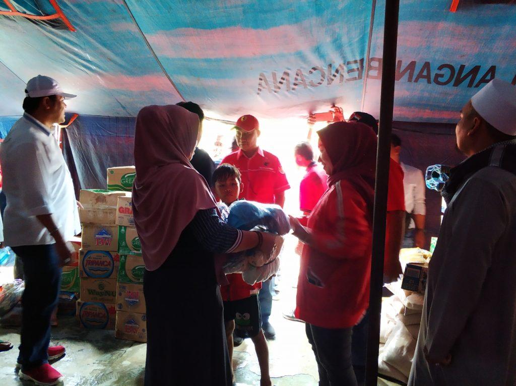 IMG-20181227-WA0225-1024x766 (Berita Foto) DPC PDI Perjuangan Lamsel & Mukhlis Basri Salurkan Bantuan Logistik Tuk Korban Tsunami