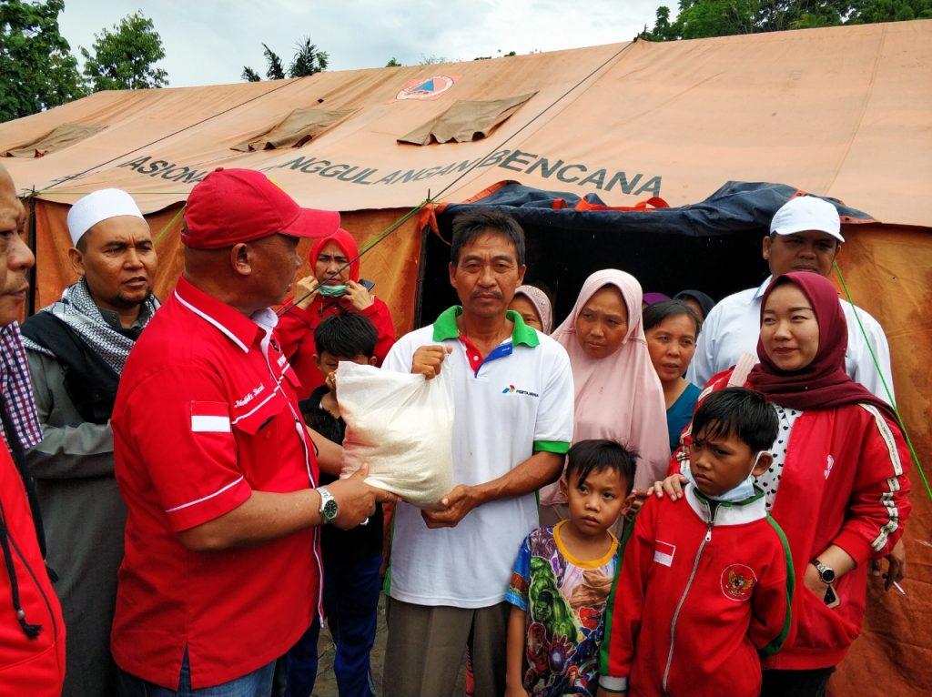 IMG-20181227-WA0227-1024x766 (Berita Foto) DPC PDI Perjuangan Lamsel & Mukhlis Basri Salurkan Bantuan Logistik Tuk Korban Tsunami
