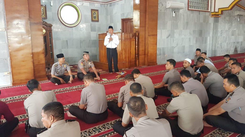 IMG-20190103-WA0051-1024x576 Songsong 2019, Polda Lampung Gelar Do'a Bersama