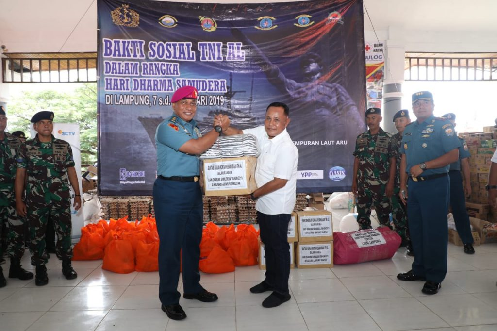 IMG-20190109-WA0074-1024x682 Sambut Dharma Samudera, TNI AL Gelar Baksos Tuk Korban Tsunami Lamsel