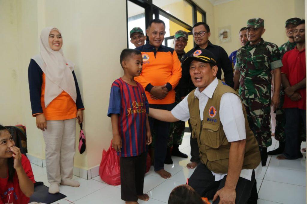 IMG-20190113-WA0068-1024x682 Kunjungi Lamsel, Kepala BNPB Tinjau Lokasi Pengungsian & Terdampak Tsunami