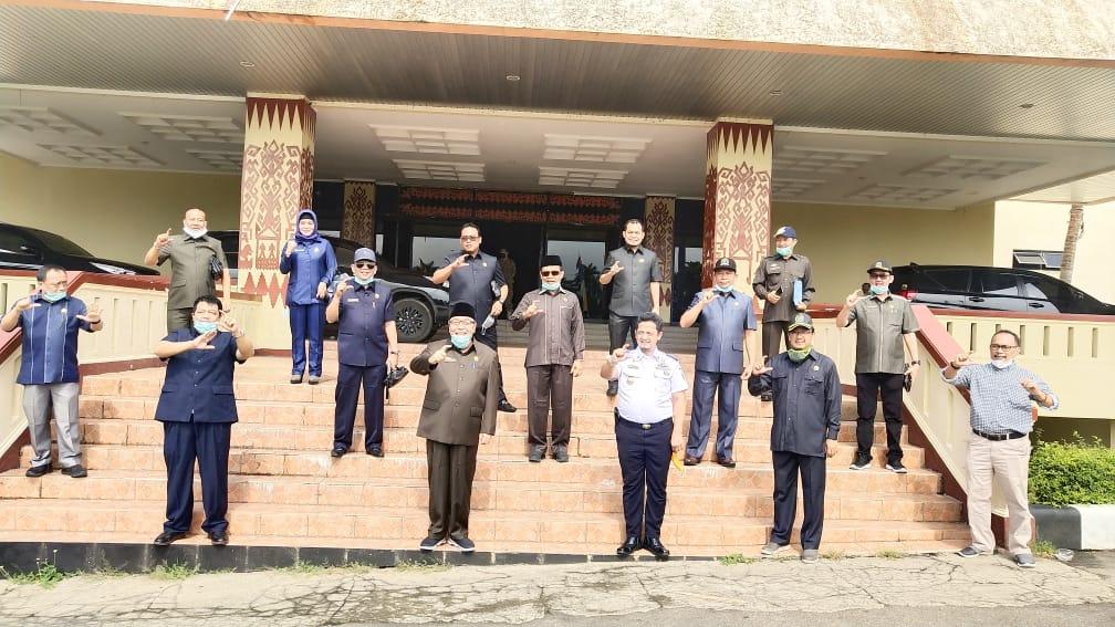 IMG-20200401-WA0065 Cegah Penyebaran COVID-19, Komisi IV DPRD Lampung Tinjau Simpul-Simpul Transportasi