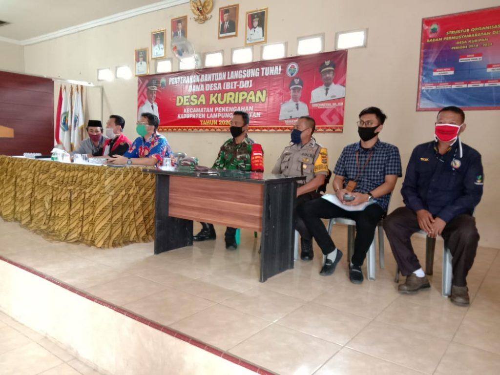 IMG-20200612-WA0110-1024x768 Bantu Warga, TNI Kodim 0421 Lamsel Terjun Ke Sawah Hingga Kawal BLT